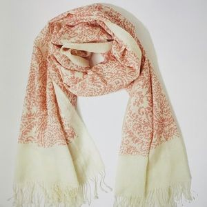 Vintage paisley Rose Quartz/Natural scarf.